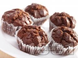 Какаови мъфини с шоколад, лимон и кисело мляко - снимка на рецептата